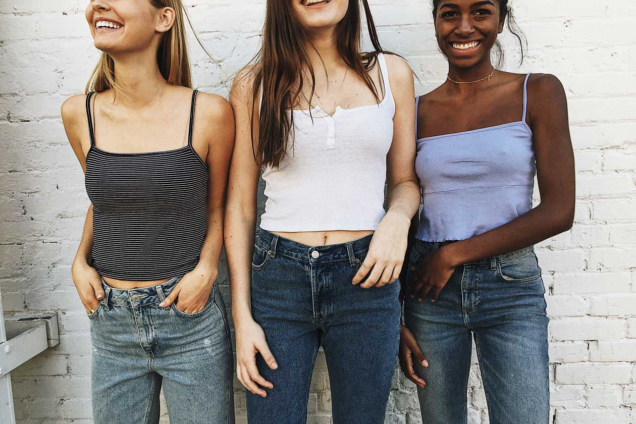 6d81e39a96ddd How Brandy Melville s One Size Ethic Reinforced Fat-phobia and ...