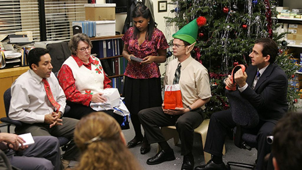 Steve Carell, Phyllis Smith, Rainn Wilson, Oscar Nuñez, and Mindy Kaling in The Office (2005)